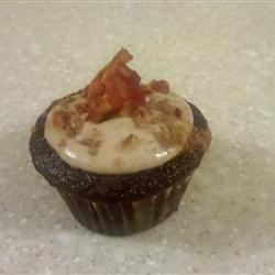 Bacon Cupcakes with MAple Syrup Icing