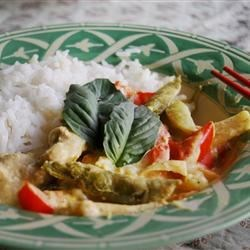 Kai Kang Dang (Chicken Curry with Coconut Milk) Recipe