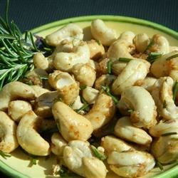 Rosemary Roasted Cashews Recipe