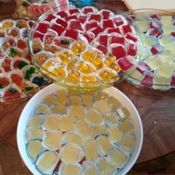 Tart Lemon Drop Jelly Shots Recipe