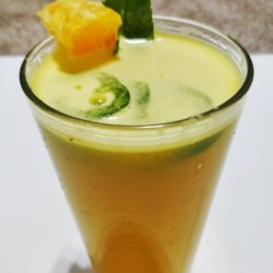 Spicy Orange-Mint Mocktail