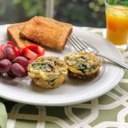 veggie egg muffins with spinach and mushrooms printer friendly