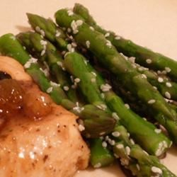 Awesomely Easy Sesame Asparagus Recipe