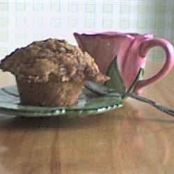 Apple Muffin with Oatmeal Crumble Topping