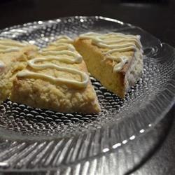 White chocolate irish cream scones