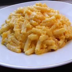 Nic's Easiest, Creamiest Macaroni and Cheese Recipe