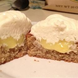 Photo of Gluten-Free Lovely Lemon Cupcakes by healthycreations.com