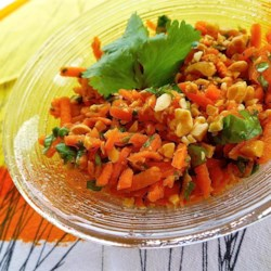 Easy Carrot Salad (Indian-Style)