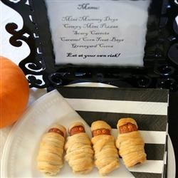 Crescent Mummy Dogs--Minis!