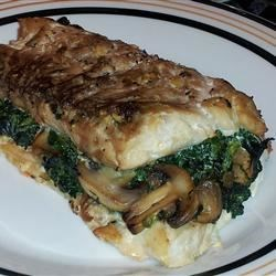 Spinach-Stuffed Flounder with Mushrooms and Feta