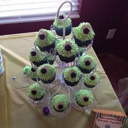 Monster Eyeball Cupcakes