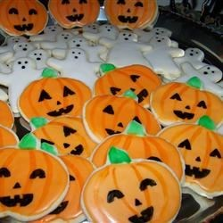 Pumpkins and ghosts (Halloween)