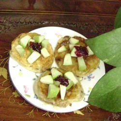 Picklet with apples and jam