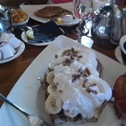 Brunch with Kristal-Banana Pecan French Toast