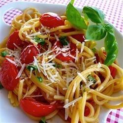Spaghetti Tomato & Basil