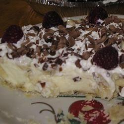 Photo of Vanilla Bavarian Cream Pie by ETHELMERTZ