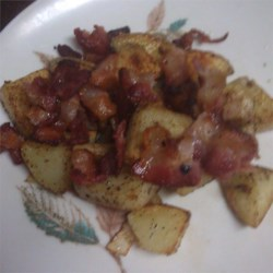 Homefried Potatoes with Garlic and Bacon Recipe