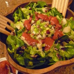 Candied Cashew and Pear Salad Recipe