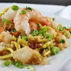 Korean Saewoo Bokkeumbap (Shrimp Fried Rice)
