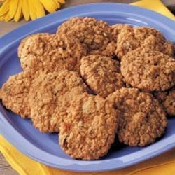 Photo of Golden Raisin Oatmeal Cookies by Marion  Lowery