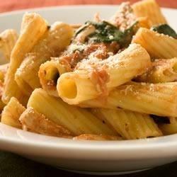 Chicken Florentine with Rigatoni Recipe