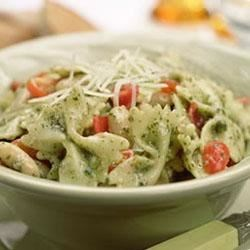 One-Pot Pasta With Tomato, White Beans and Pesto Recipe