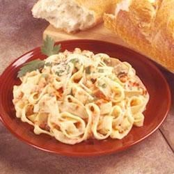 Photo of Pasta With Chicken and Roasted Pepper Cream Sauce by Buitoni®