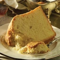 Mildred's Sour Cream Pound Cake