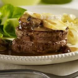 Veal Medallions with Sauteed Mushrooms and Sauvagine Fondue Recipe
