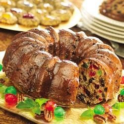 SMUCKER'S(R) Festive Fruitcake Recipe