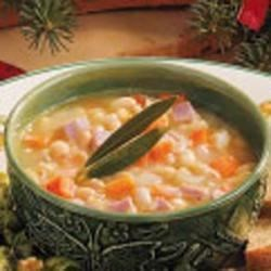 Photo of White Bean 'n' Ham Soup by Bissy  Crosby