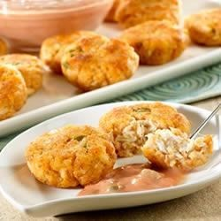 Mini Crab Cakes with Creamy Picante Sauce Recipe