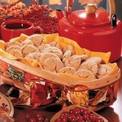 Cinnamon Crackle Cookies