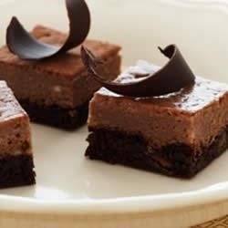 Photo of Chocolate Chocolate Chip Cheesecake Bars by Duncan Hines® Canada