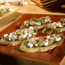 Roasted Garlic Tuna and Pesto Crostini Recipe