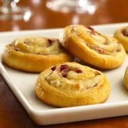 Pillsbury Crescents Turkey Cranberry Pinwheels Recipe