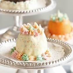 Festive Mini Ice Cream Cakes