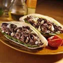 KRETSCHMAR(R) Greek Roast Beef Pita Recipe