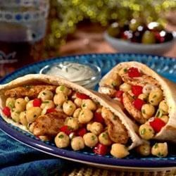 BUSH'S(R) Rockin' Moroccan Garbanzo Pita Recipe