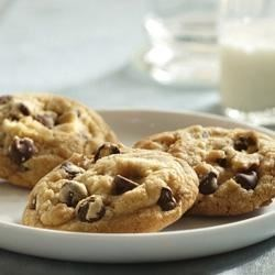 McCormick(R) Vanilla Rich Chocolate Chip Cookies Recipe