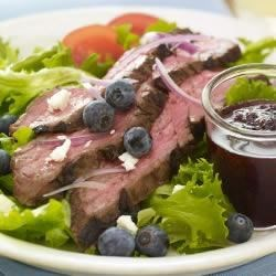 Lawry's(R) Balsamic Steak Salad with Blueberry Dressing Recipe