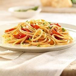 Whole Grain Linguine with Roasted Peppers Recipe