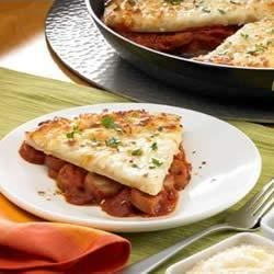 Johnsonville(R) Three Cheese Italian Style Chicken Sausage Skillet Pizza Recipe