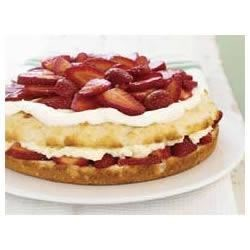 BREAKSTONE'S Sensational Creamy Strawberry Shortcake Recipe