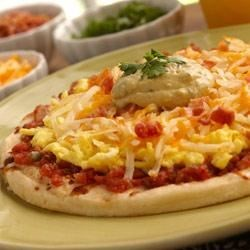 Wholly Guacamole(R) Dip Breakfast Pizza Recipe