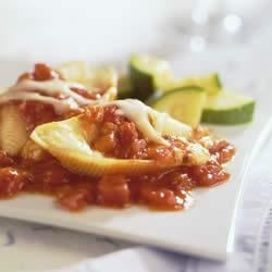 Photo of Cheese-Stuffed Shells in Marinara Sauce by Buitoni, courtesy of meals.com