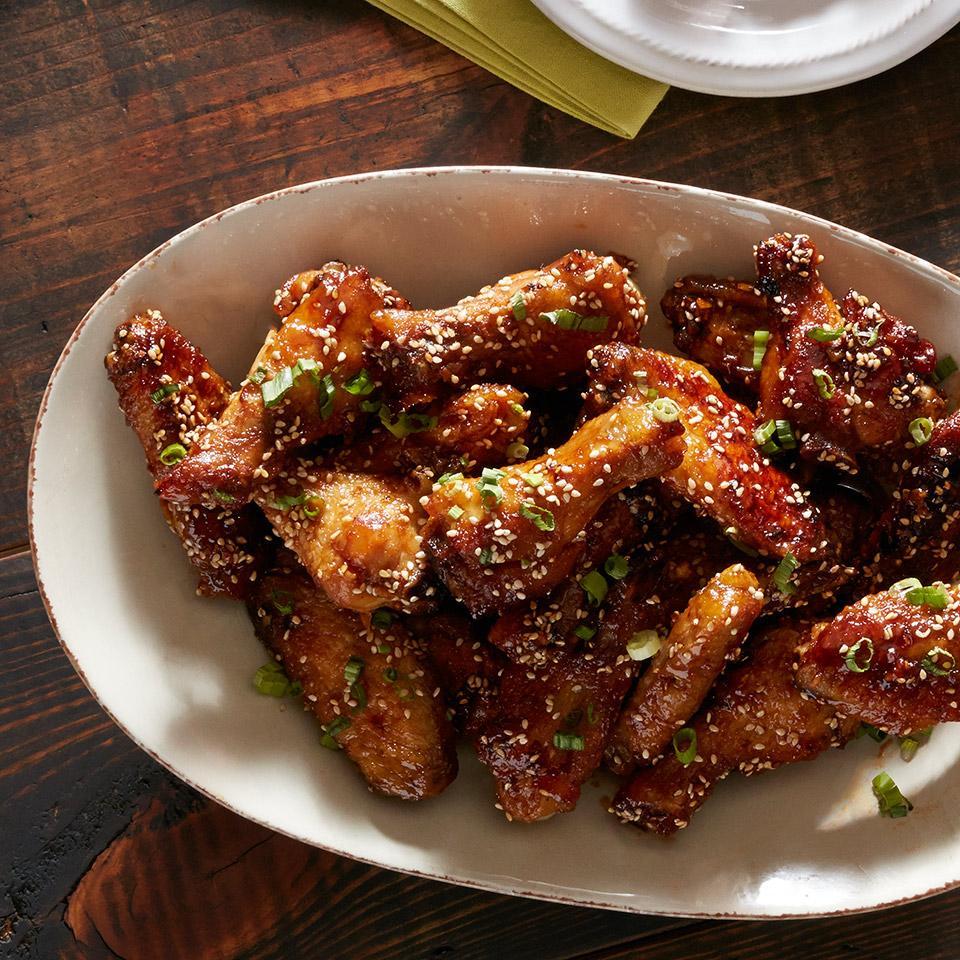 Crispy Honey Garlic Sriracha Wings