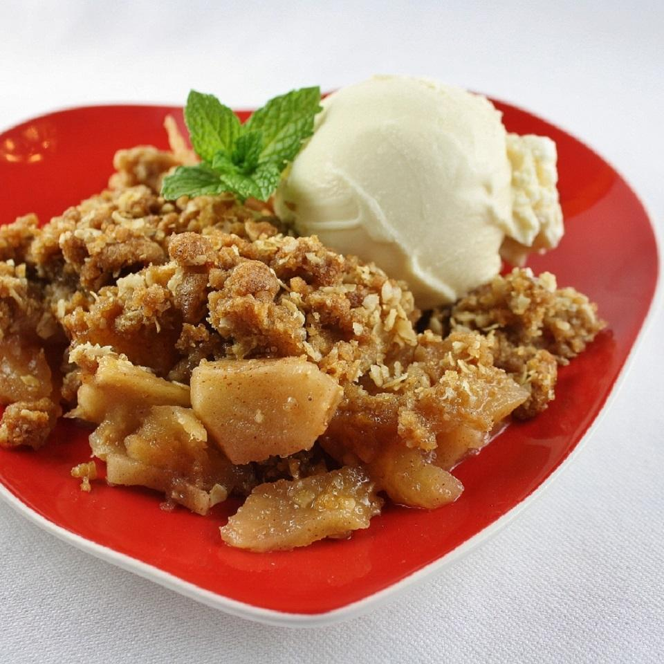 Apple Crisp with Oat Topping_image