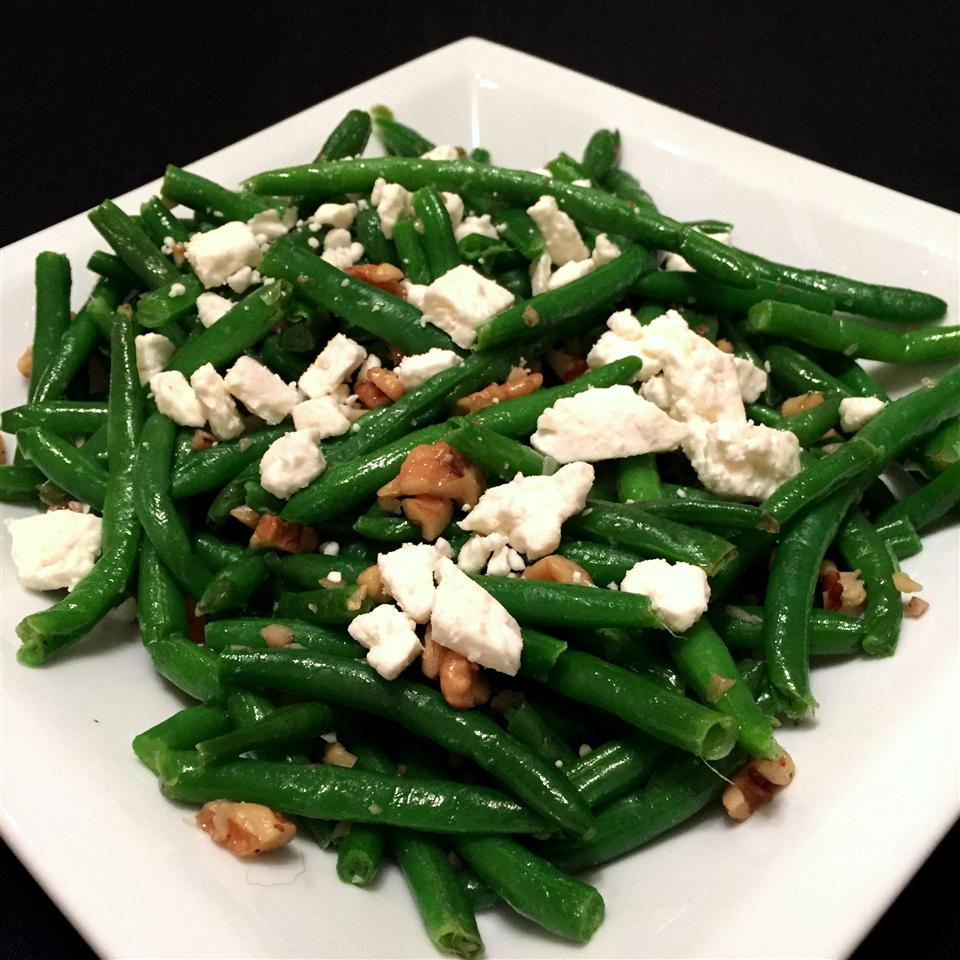 Green Beans with Feta and Walnuts_image