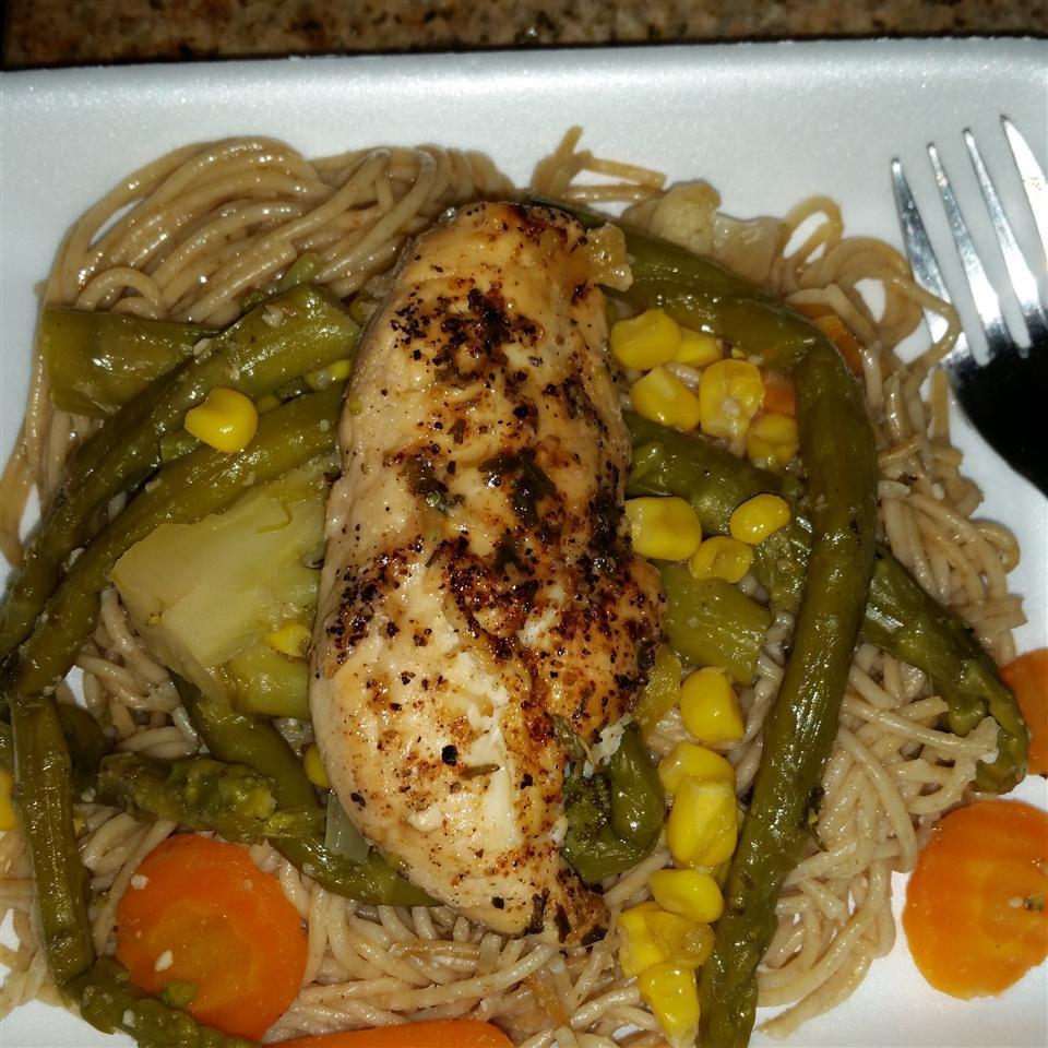 Lemon Chicken and Veggie Pasta chanteille